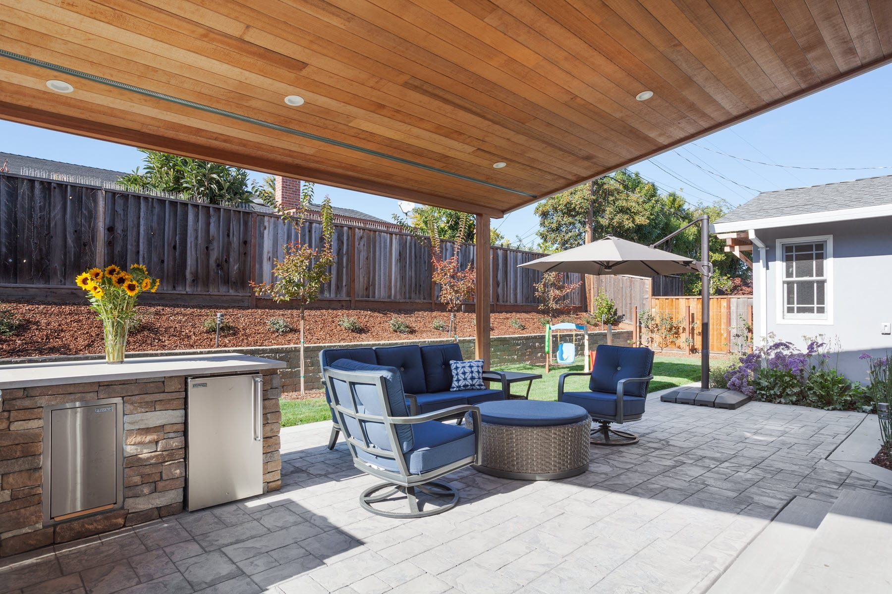 Sunnyvale Modern Ranch Backyard