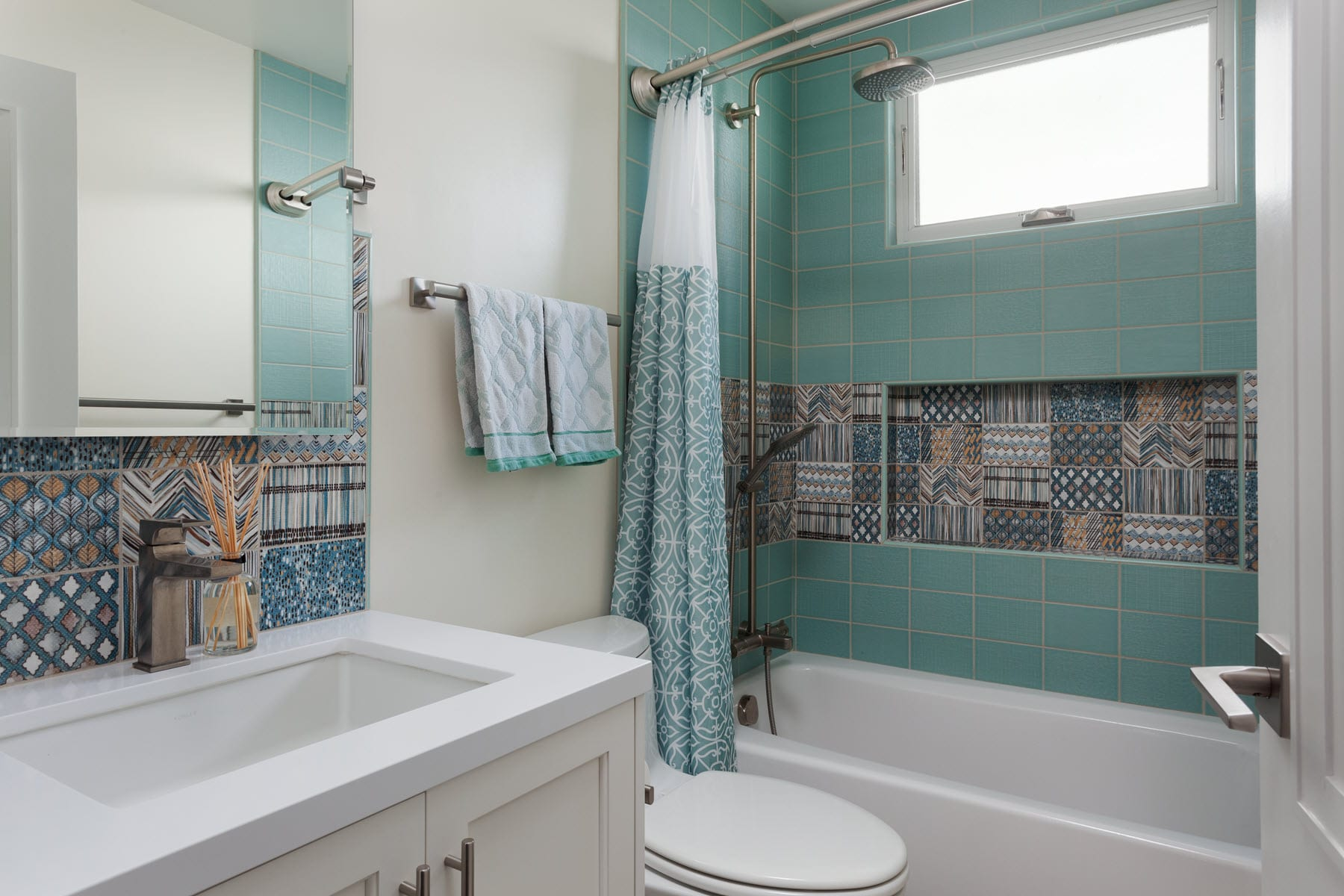 Sunnyvale Modern Ranch Bathroom